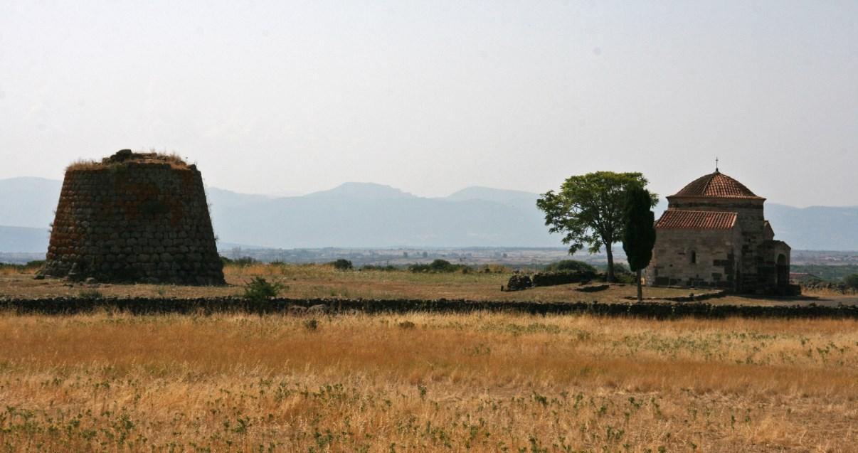 Nuraghe di Santa Sabina.