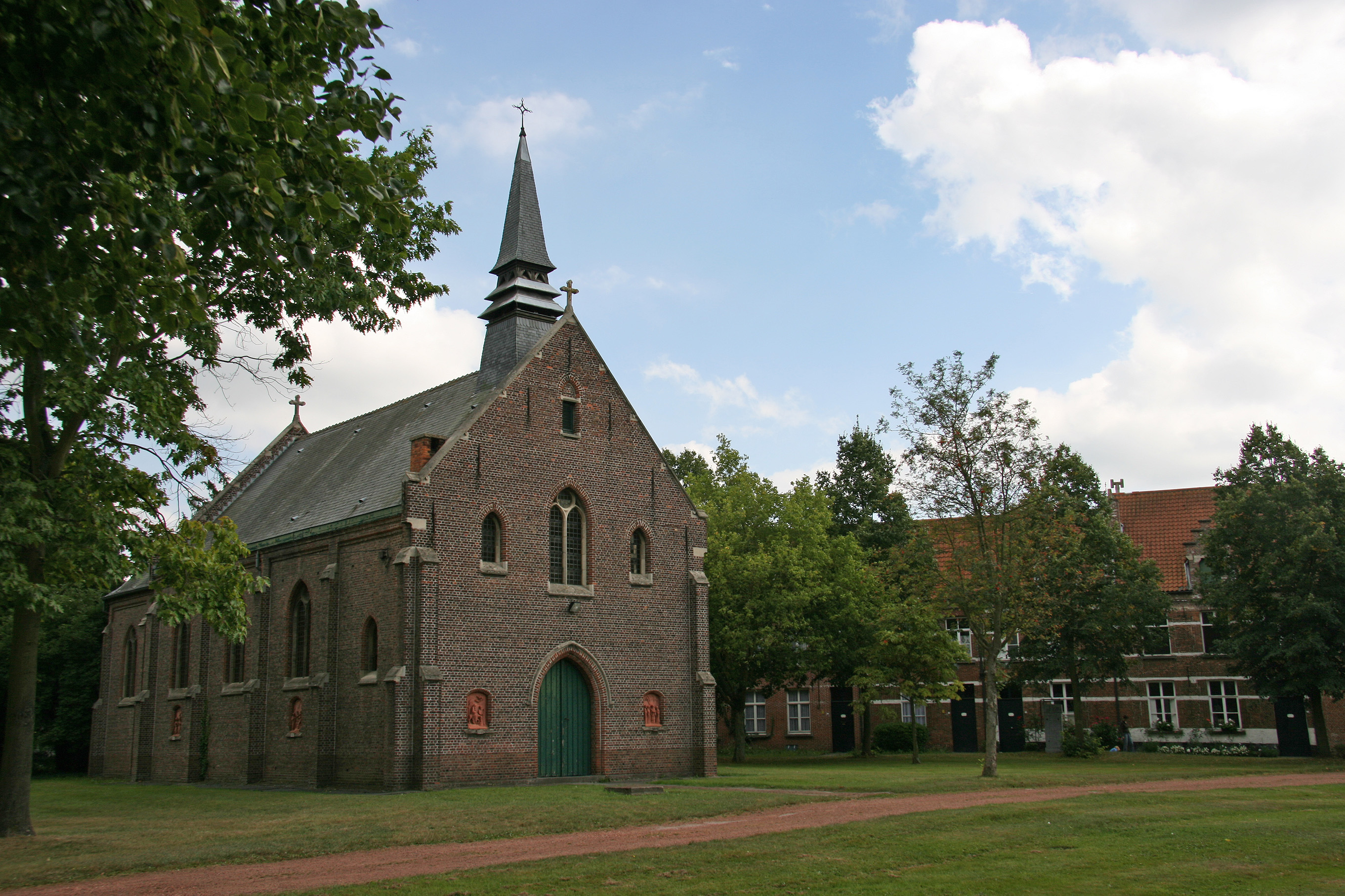 The central church of the béguinage in Dendermonde.