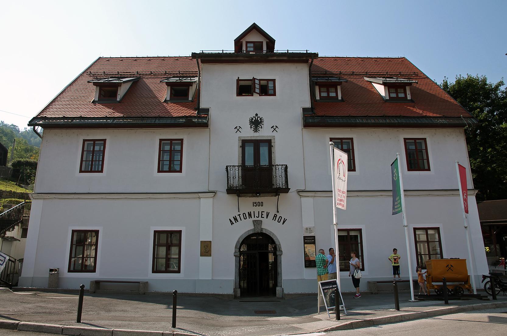 Šelštev building.
