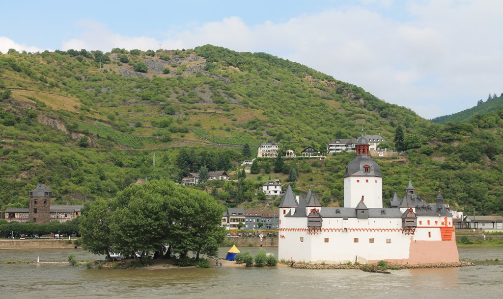 Pfalzgrafenstein castle, on Falkenau island in the Rhine near Kaub.