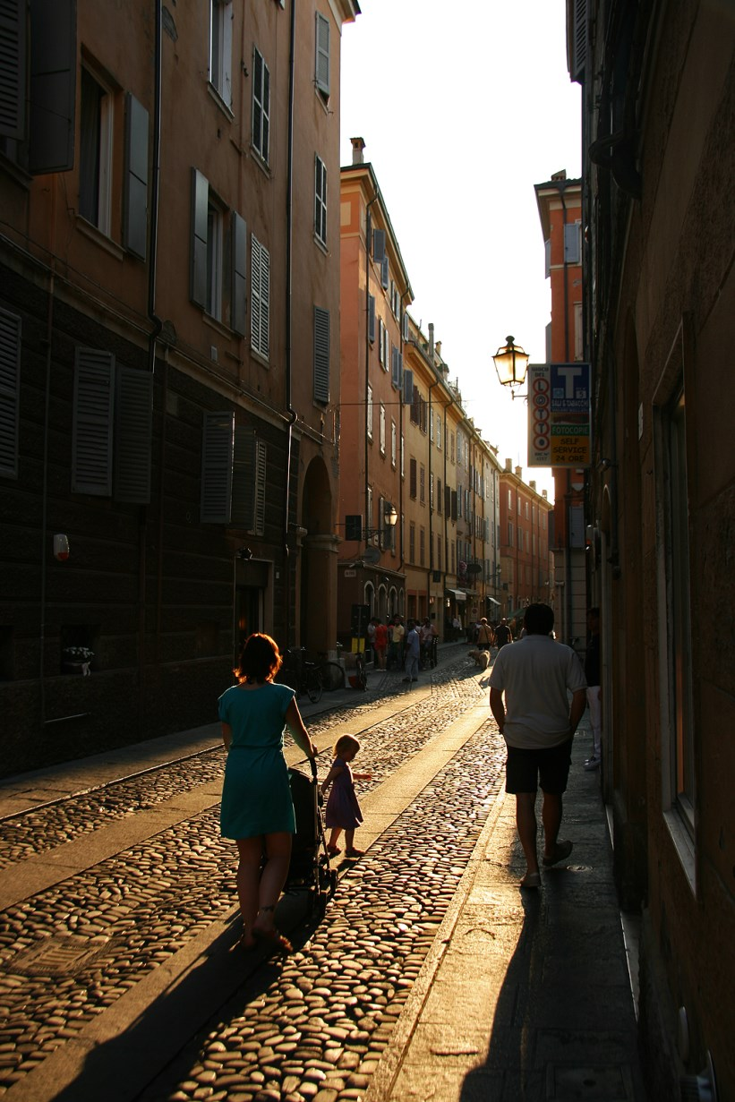 Wandering the narrow streets of Modena.