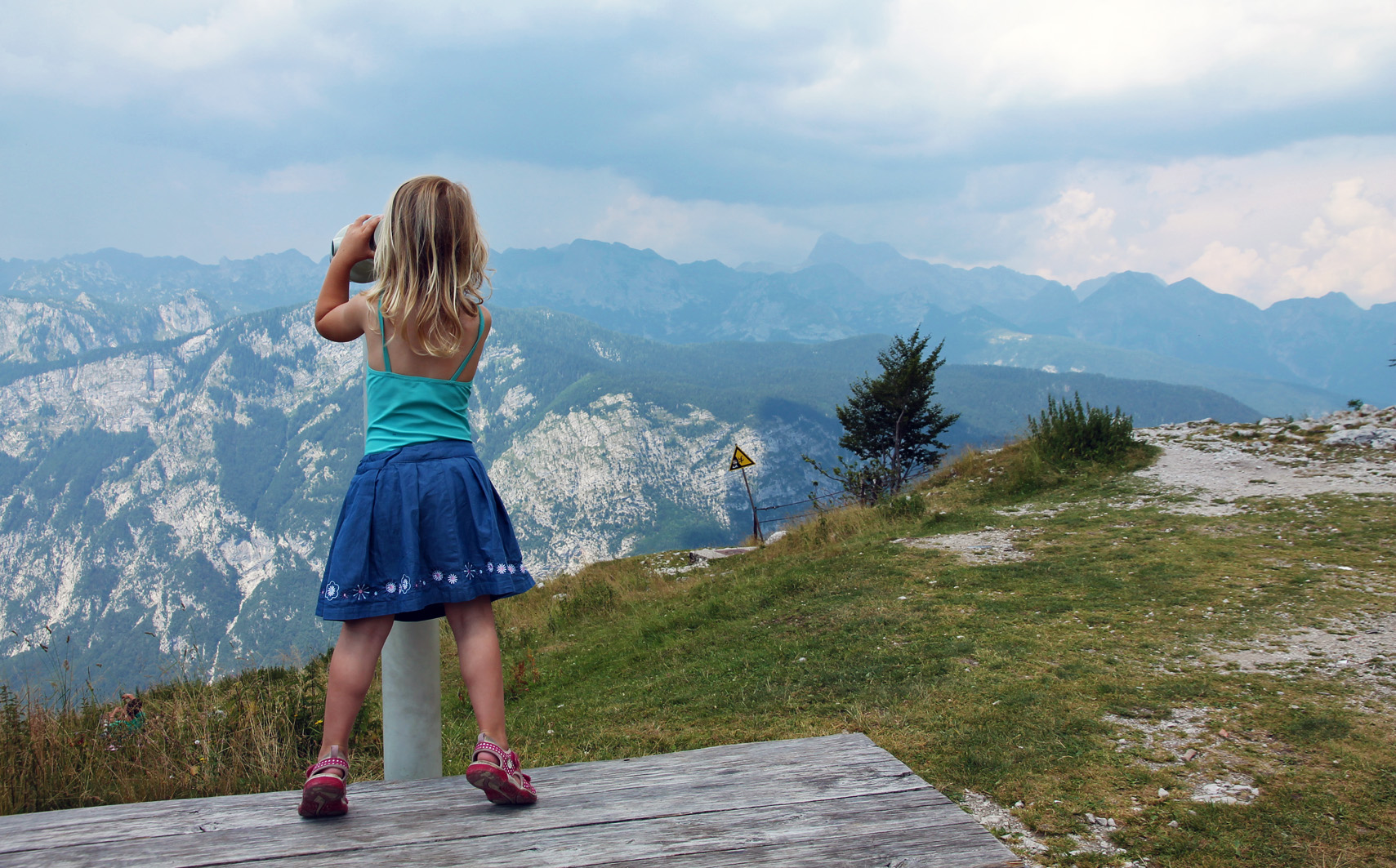Febe exploring the Alpine environment.