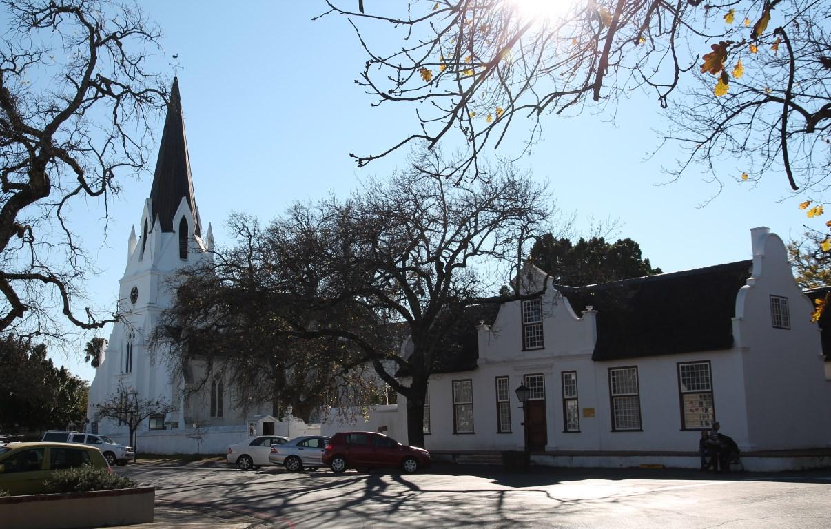 Moederkerk and Kerkhuis.