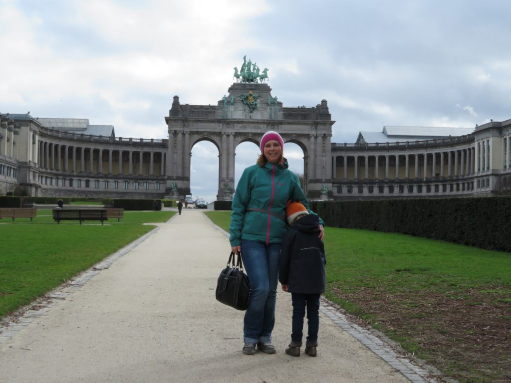 In front of the Triumphal Arch (1905), central highlight of the Jubelpark in Brussels.