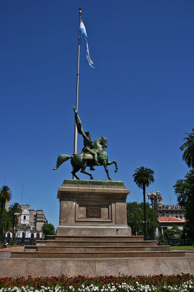 Equestrian monument to General Manuel Belgrano of the square.