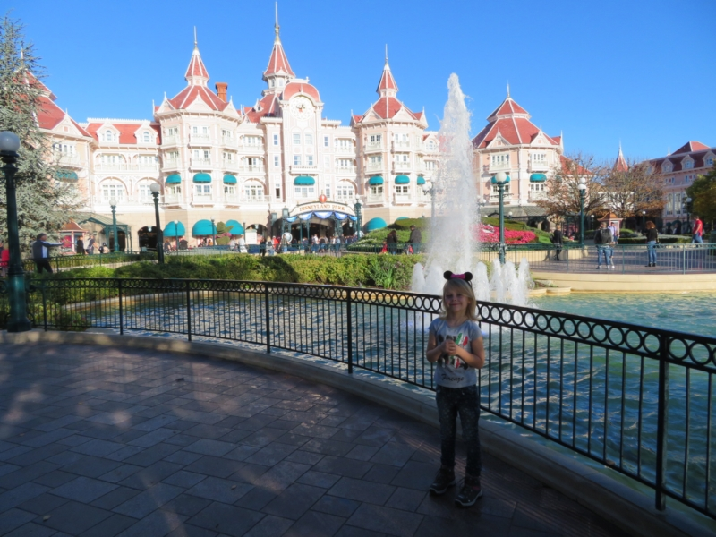 The closest, but most expensive Disney hotel: right at the entrance!