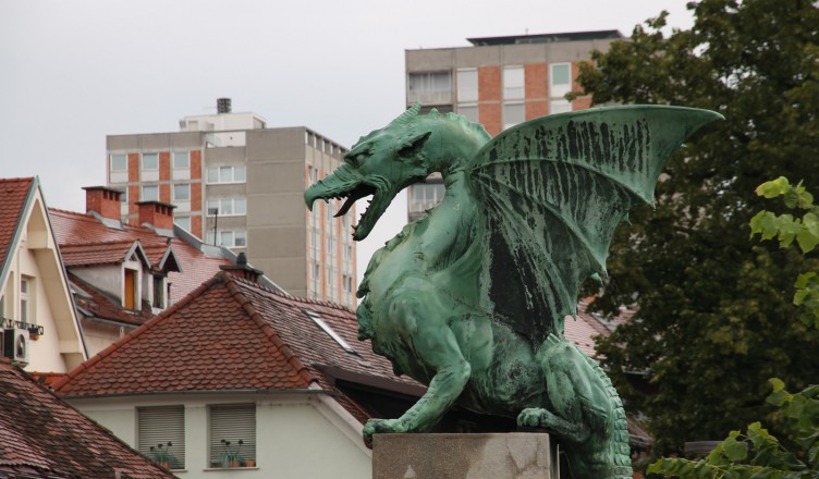 The dragon and the city.